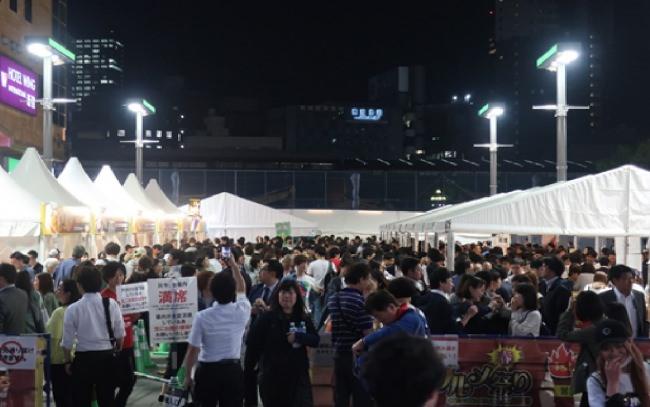 激辛グルメ春祭りは連日満席!惜しまれながら閉幕!たった10日間で小さな広場に5万5千人集客!歌舞伎町の広場史上、最高の集客数を記録!
