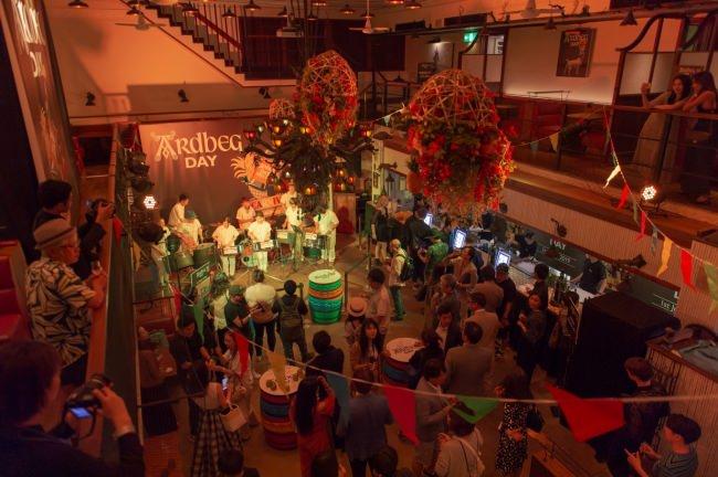 世界で最もピーティーでスモーキーなシングルモルト・アードベッグを祝う『アードベッグ・デー 2019』 開催