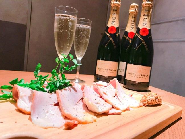 【ESOLA新宿の「泡フェス」が令和で再び】6/3(月)スタート!人気のブランドシャンパン「モエ エ シャンドン」が飲み放題 ESOLA特製 「伊勢志摩パールポークのハム」のサービス付き