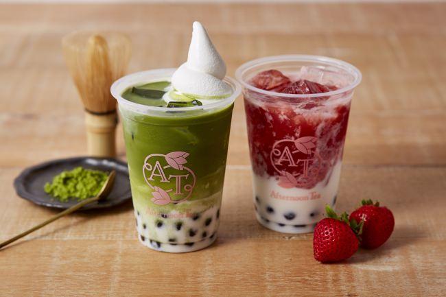 「ソフトクリーム タピオカ抹茶ミルク」(左)「タピオカミルク 苺ミルク」(右)
