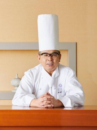 副総料理長 前畠 伸幸