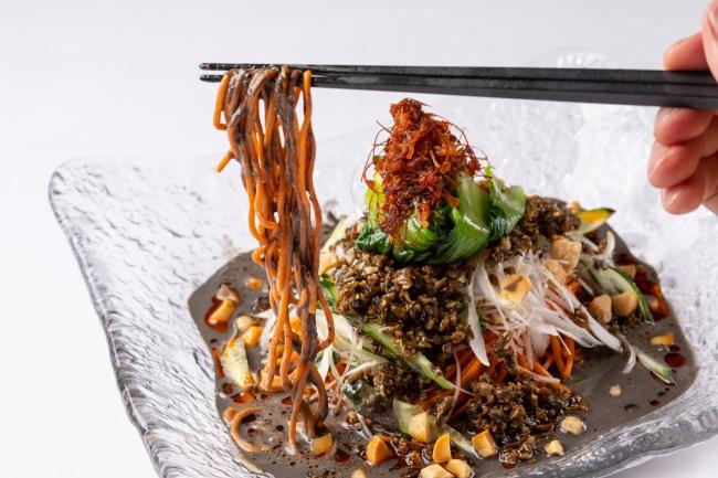坦々冷麺 黒ゴマベース