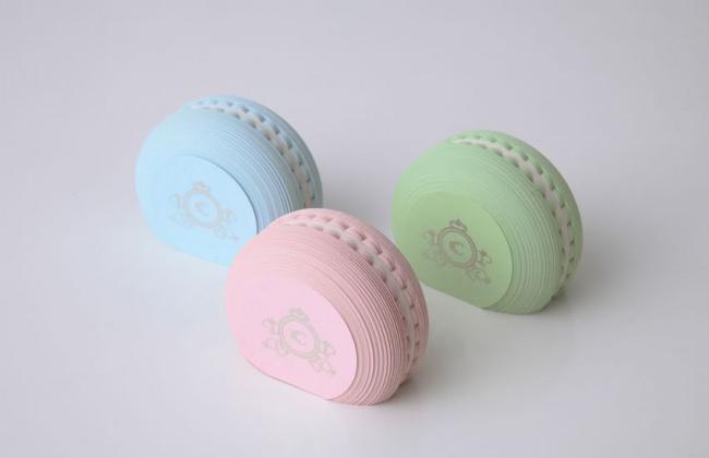 【食べられません】甘いお菓子のような文房具「マカロンふせん」をヴィレヴァン通販にて取り扱い開始!