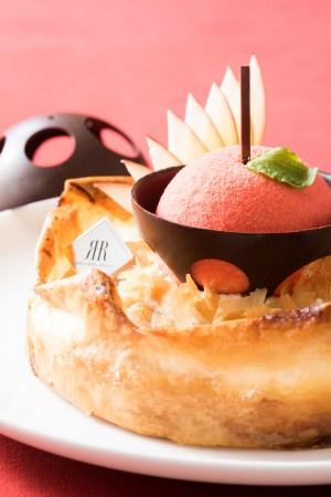 様々な味わいと食感をお楽しみいただける「りんごのプレミアムタルト」