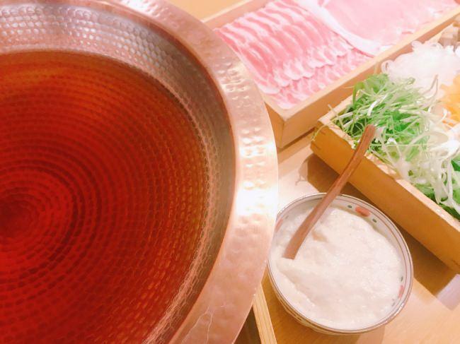 お出汁を食べる【おかか新宿】の新作 出汁しゃぶは「たっぷりとろろの出汁しゃぶ」