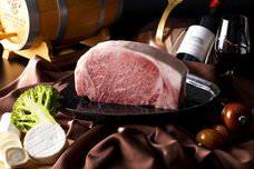 秋田名物の「秋田錦牛」と「いぶりがっこ」でおもてなし!冬におすすめの焼きチーズなどのコースで味わうグルメなディナーコース