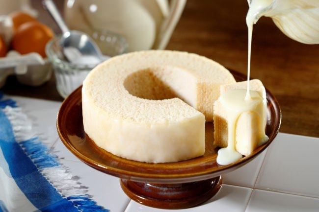 「東京ミルクチーズ工場」から、ミルクの美味しさが込められた、真っ白な「ミルクチーズバームクーヘン」が新発売!