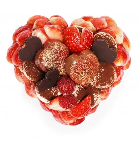 恋が実りますようにとパティシエが選び抜いたいちご「恋みのり」を使用!カフェコムサのバレンタイン限定ケーキ