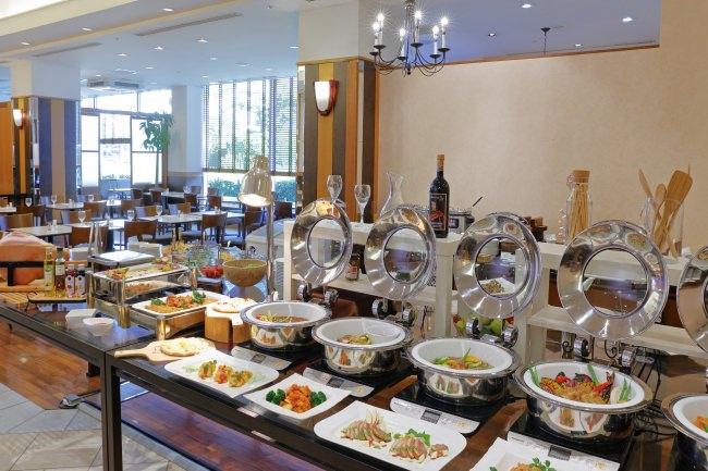 レストラン アゼリア