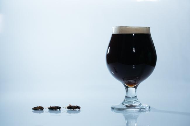 【世界初】コオロギを原料に使用したクラフトビール「コオロギビール」を、昆虫食の『ANTCICADA』と『遠野醸造』が共同開発。3月15日〜18日、渋谷パルコにて限定販売が決定。