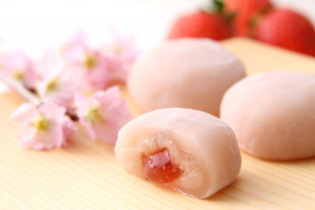 老舗和菓子「築地ちとせ」 より、期間限定品「ちとせのさくらいちご餅」を今年も発売いたします!