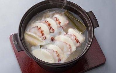 【話題の出汁進化系メニュー】北海道 日高昆布と日高の海鮮&チーズで「日高まるごと昆布出汁茹で」