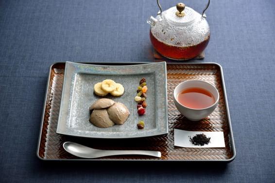徳島の老舗豆腐メーカー「さとの雪」『感豆富』ブランド「大豆のプリン」より滋賀県産紅茶を使用した「和紅茶」が新登場!3月8日(日)より全国で発売開始