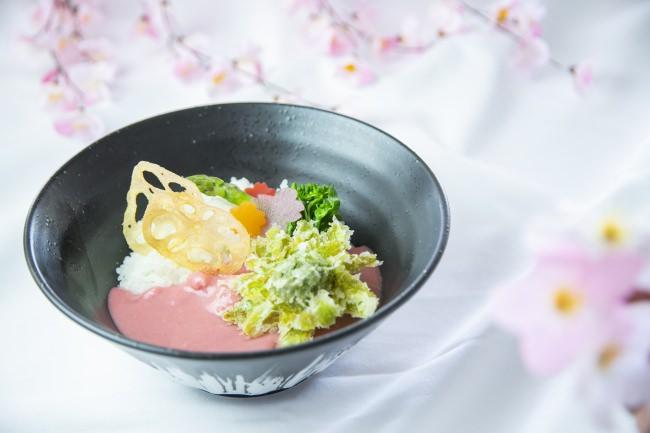 【苗場プリンスホテル】新潟県五泉市の「桜の細胞水」を使用した桜色の「さくらメニュー」を期間限定で提供