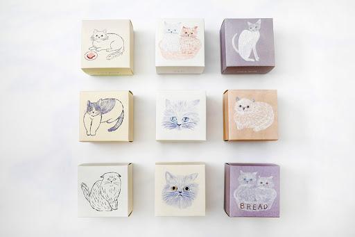 【新商品】イラストレーター松尾ミユキさんデザイン、ネコのパッケージ9種類!「ねこねこクッキー」が5/16(土)より全国の店舗で販売開始!