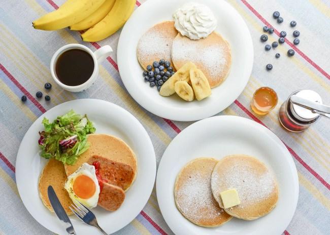 【アロハテーブル】ハワイの定番ヘルシー朝食・パンケーキも登場「アロハブレックファースト」で爽やかな一日のスタートを!