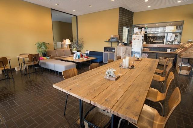 新潟市美術館内にある「こかげカフェ」