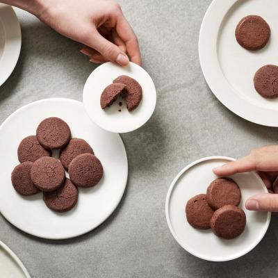 ママノチョコレート、チョコレートのようなクッキー「アリバチョコクッキー」2種発売