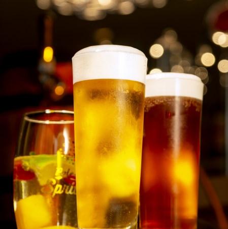 ビア泡フェスタ開催!料理付き飲み放題プランで楽しむ夏のひと時を