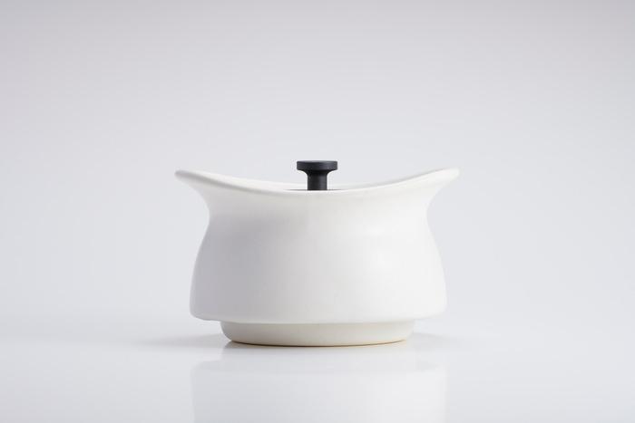 土鍋の蓄熱性と2重構造で90分経ってもひんやりが持続  冷たい調理が可能なおひとりさま用土鍋が登場!冷製スープやパンナコッタ・プリンなどのスイーツ作りにおすすめ