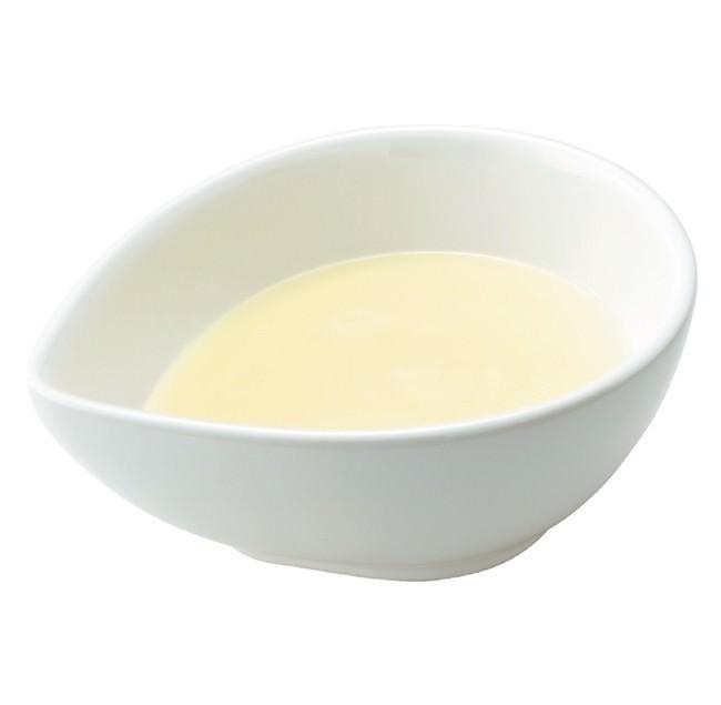 チーズソースホワイト