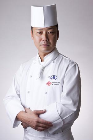 中国料理「王朝」料理長 柳谷 雅樹(やなぎや まさき)