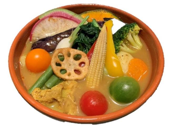 A.旬のベジタブルカレー 1,280円(税抜)※14種類の野菜入り。(一部は'三浦野菜'使用)