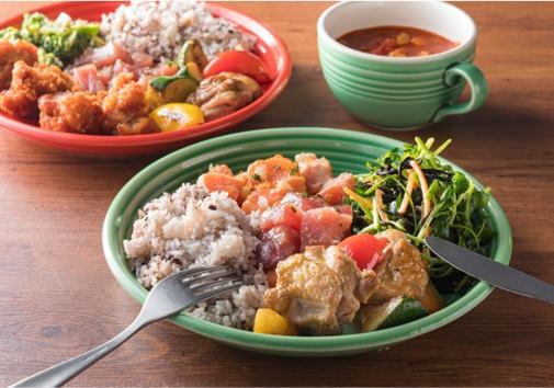 デリカテッセンフードプレート 1,300円(税込)~ *スープは別売りになります。