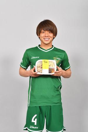「東京ヴェルディ」梶川諒太選手と「ポン酢鶏もも肉ステーキ」