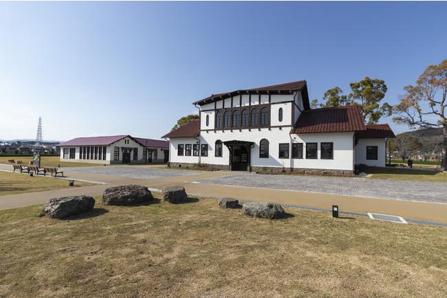 「旧京大農場本館」外観