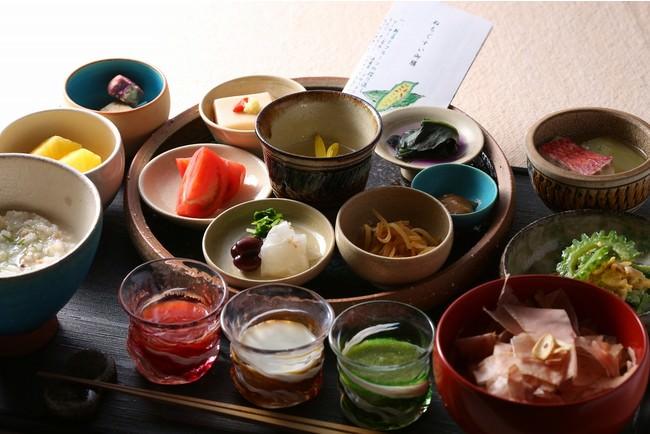 【ホテル日航アリビラ】沖縄の島の恵みがつまった限定朝食「ぬちぐすい(命の薬)御膳」 夏メニュー