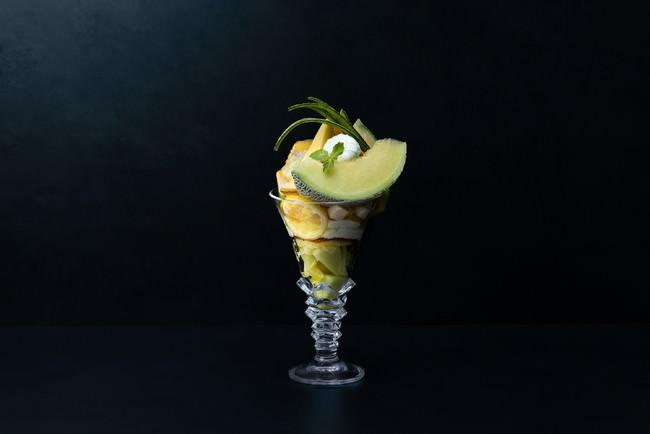 果房メロンとロマン 「メロンとレモンのグランパフェ」