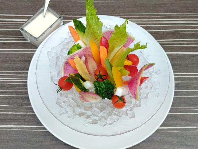 仙台市場直送宮城野菜のバーニャカウンダー