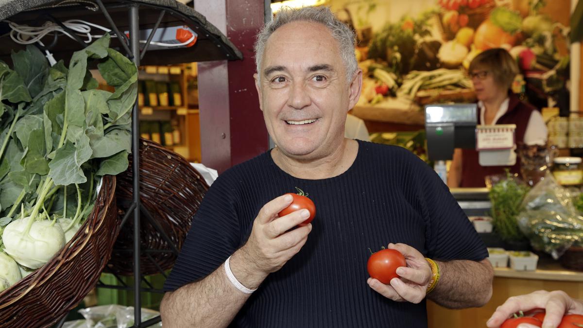 Ferran Adrià auf dem Viktualien Markt in München. Foto People Image Viviane Simon
