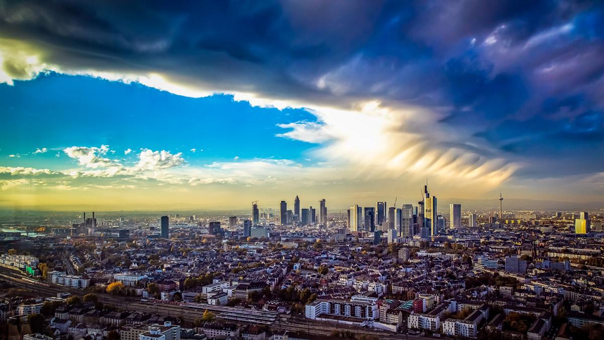 Franziska: Grandioser Blick über Frankfurt. Foto Mook