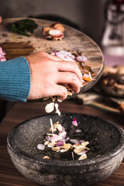 Ajouter des épices, des fruits secs pour varier les plats