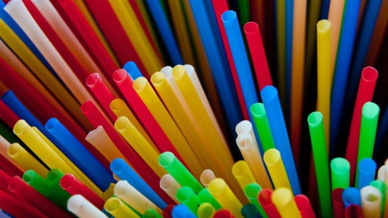 Publicada lei que proíbe canudos plásticos em São Paulo