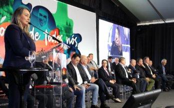 Vice-governadora de Santa Catarina e ministra participam de inauguração da maior unidade industrial de processamento de suínos do país