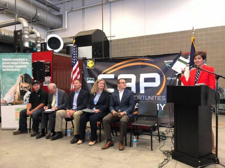 gov reynolds lt gov gregg unveil high school registered apprenticeship playbook