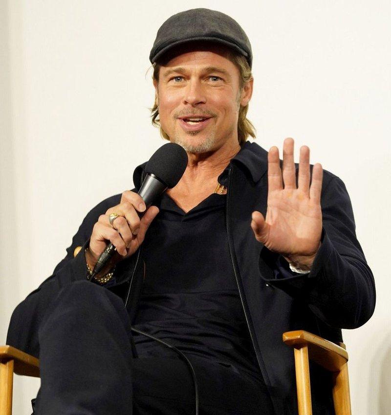 Bradu Pittu leta ne morejo do živega