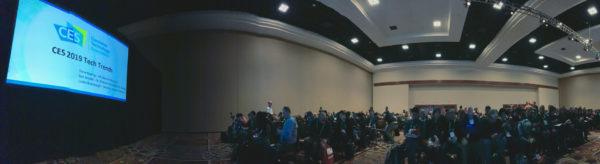 CES 2019で行なわれたテックトレンド発表会の様子