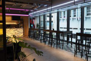 ホテル併設のコワーキングスペース『andwork渋谷』は、英語とび交うチル空間だった【コワーキング探訪 vol.1】