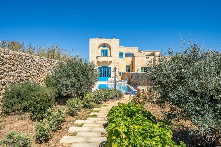 Book your short stay in Gozo now
