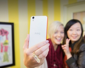 htc-desire-eye-ReimagineYourSelfies-US