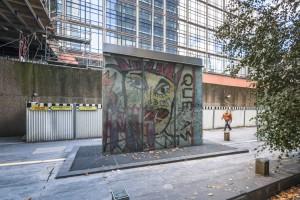Fragments du Mur de Berlin - © 11h45 - DEFACTO