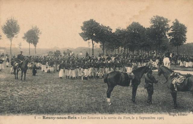 Rosny sous bois zouaves à la sortie du fort en 1905