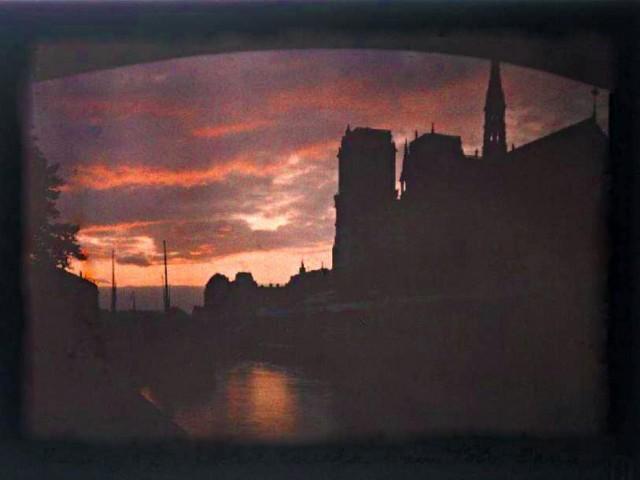 Vue sur Notre Dame de Paris le 23 octobre 1909