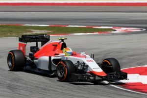 Roberto Merhi at Malaysia in the Manor MR03B. This was the rescued team's first race since Sochi in 2014.