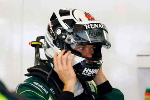 Lotterer squeezes on his skid-lid at Spa (Active Photos)