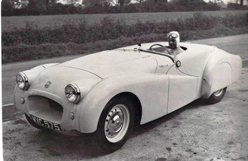 Richardson and his record-breaking Triumph TR2 at Jabbeke